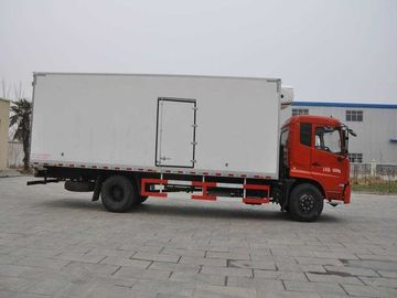 Popular Freezer Box Truck , Refrigerated Van Truck For Vegetable / Fruit