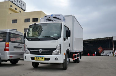 3 Ton Small Cooling Van Refrigerated Freezer Truck , Manual Refrigerated Box Van
