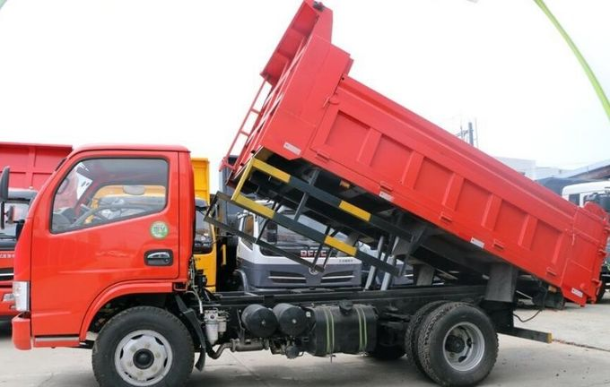 Dongfeng Light Duty Dump Truck 140hp EQ3110TL With Right Hand Drive / Left Hand Drive